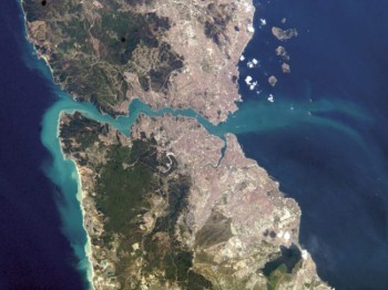 An image captured by the International Space Station shows the Bosporus Strait